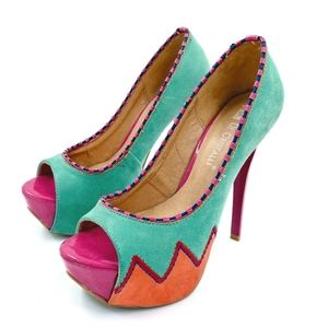 Di Cristalli Retro Italian Leather Colorblock Pump